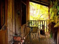 Log Cabin Home Design - porch