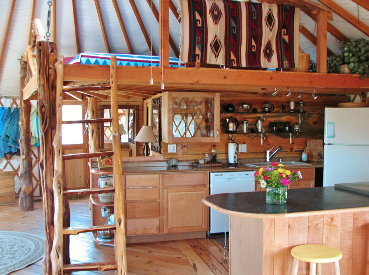 Freestanding cabin loft.