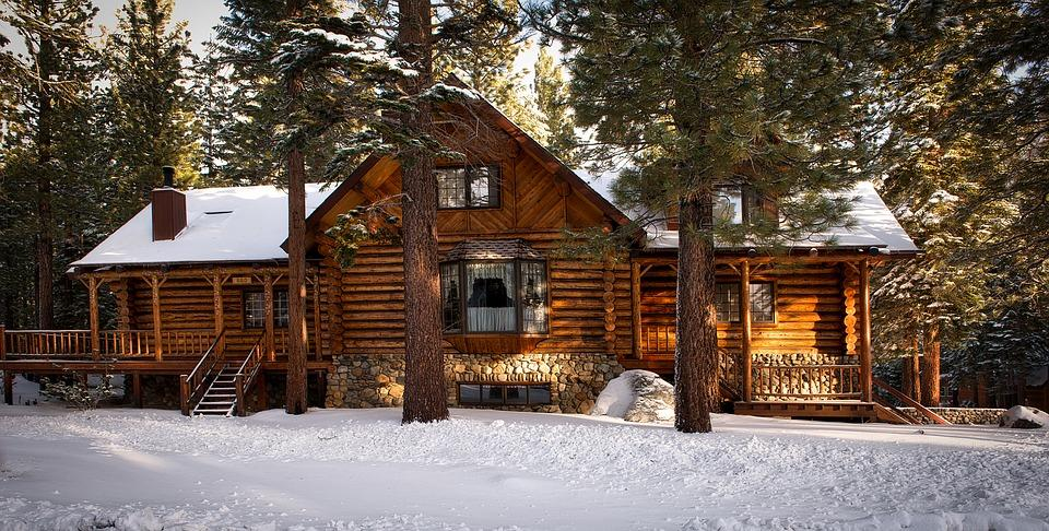 9 Interesting Facts about Log Cabins.