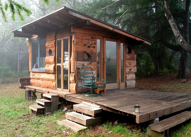 A tiny cabin can contain everything needed for a cozy lifestyle.